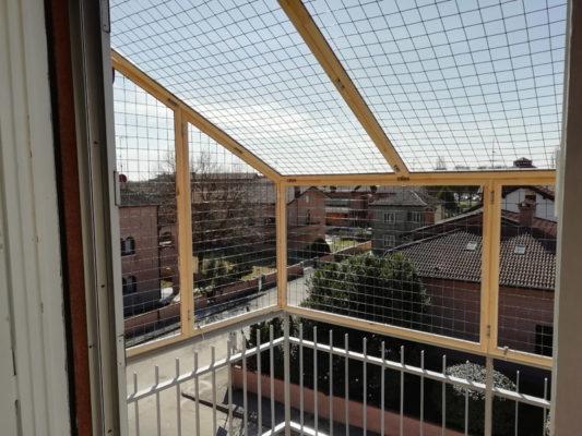 Recinto per terrazza con tetto inclinato