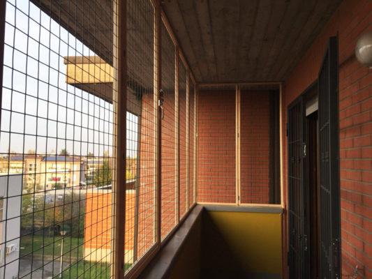 Chiusura ampio balcone